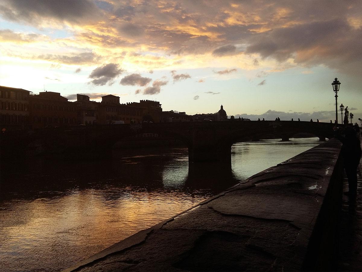 In barchino sull'Arno