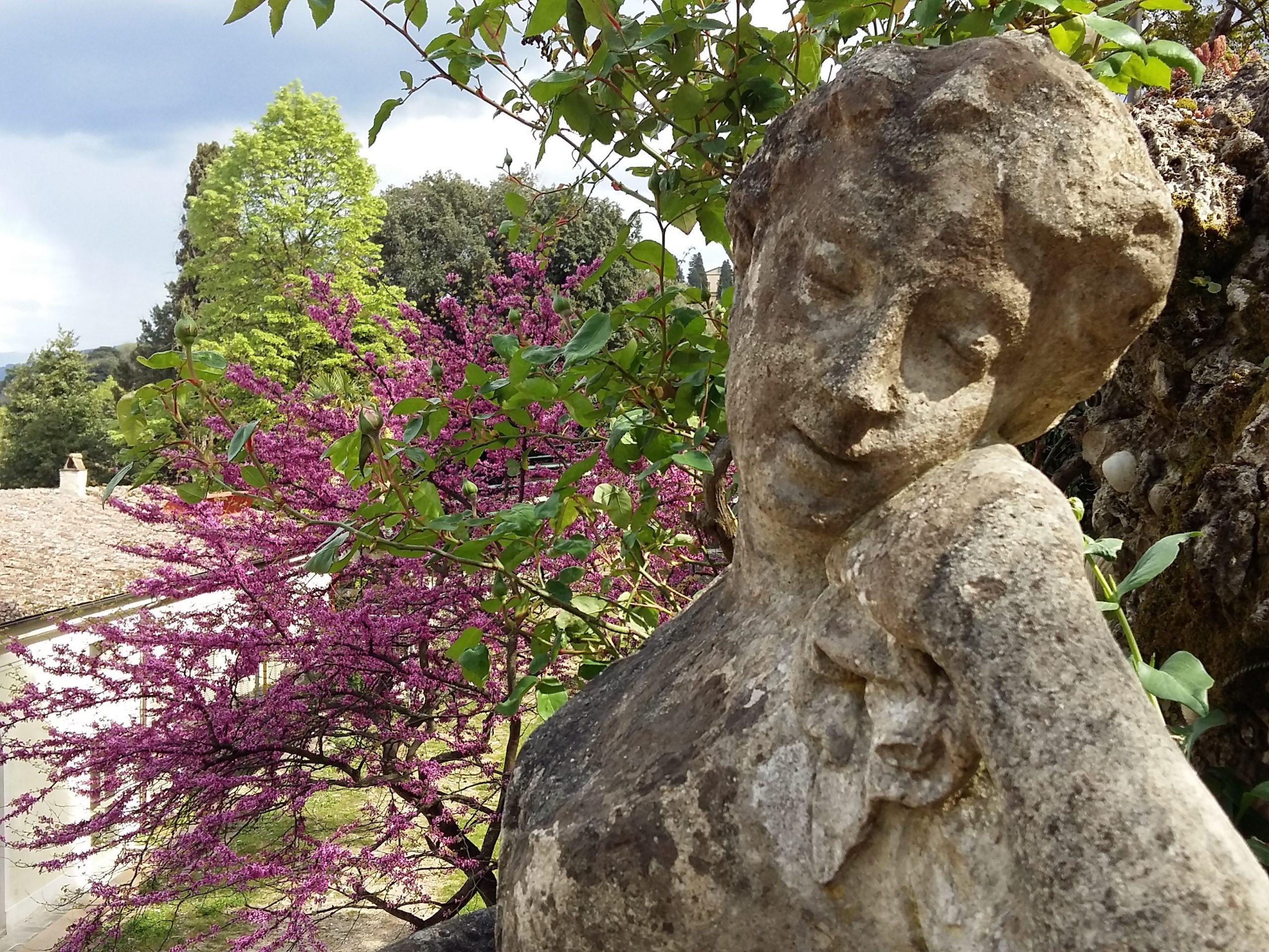 Statua della dea Pomona